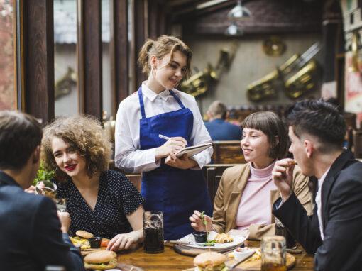 CAP Commercialisation et Service en Hôtel-Café-Restaurant